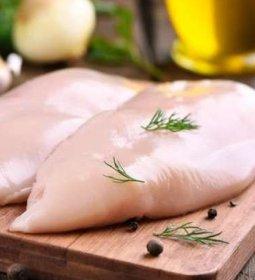 Carne de frango: exportação inicial de julho sinaliza 366 mil toneladas no mês