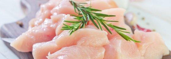 Exportação de carne de frango de julho pode chegar às 400 mil toneladas