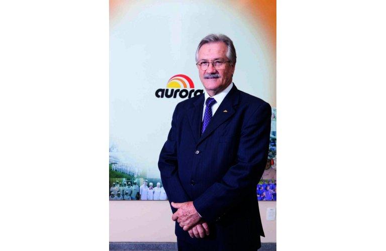 LUTO NO COOPERATIVISMO: Morre em Chapecó o presidente da Aurora Alimentos Mário Lanznaster